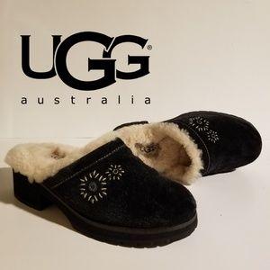 UGG Clogs